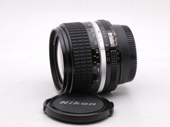 the best wide angle with zero distortion and sharper wide open than the Zeiss